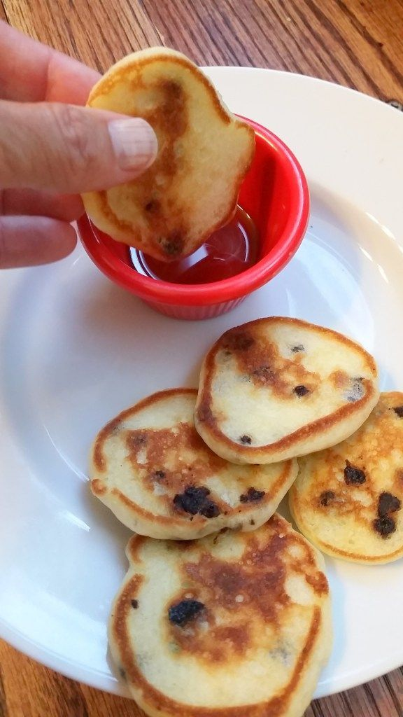 EASY! Silver dollar chocolate chip pancakes are great for kids and freeze well for grab-n-go breakfast...or dinner! #FoodieExtravaganza