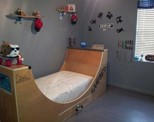 Rampbed   a skateboard bed  Skateboard BedroomSkateboard  FurnitureSkateboard DecorSkateboard RampsSkateboard. The 25  best Skateboard bedroom ideas on Pinterest   Boys