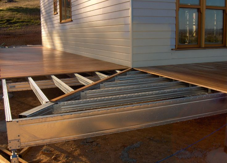 Corner Of Deck Frame Using Boxspan Steel Frame Deck