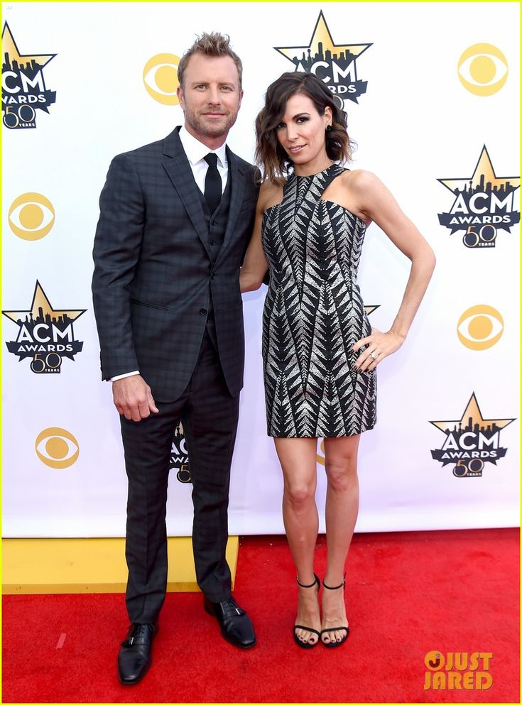Dierks Bentley & Wife Cassidy Black Attend ACM Awards 2015!