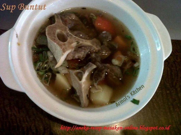 Sup buntut   http://aneka-resep-masakan-online.blogspot.co.id/2015/09/resep-sup-buntut.html