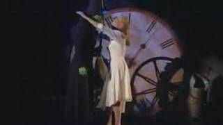 "Idina Menzel and Kristin Chenoweth performing ""Defying Gravity"" from ""Wicked"" at the Tony Awards"