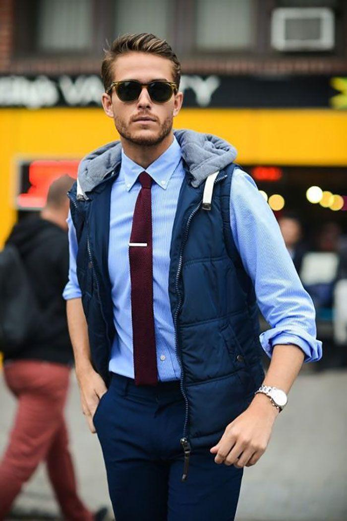 Colete esportivo masculino com camisa social e gravata