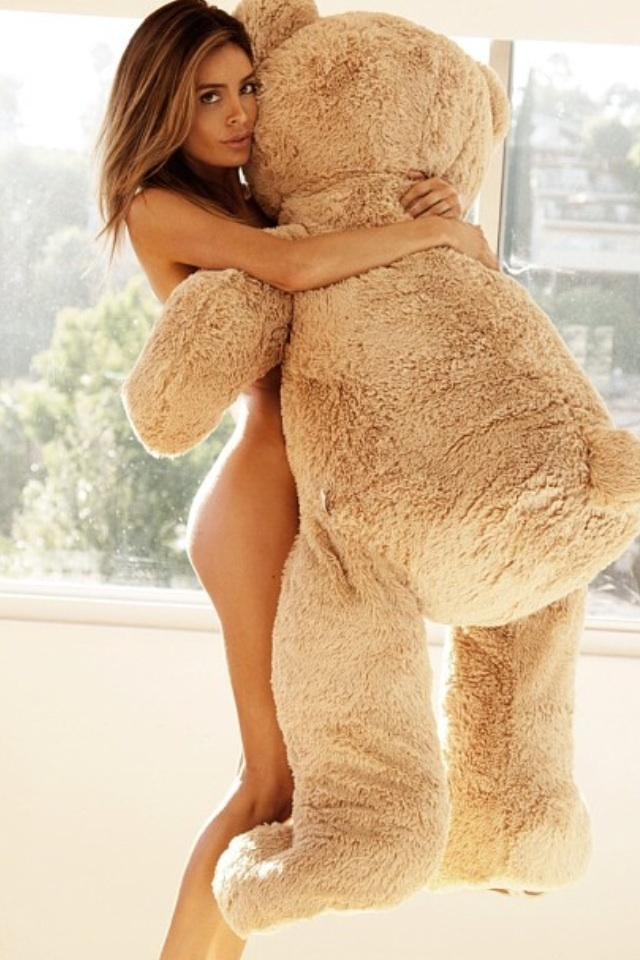 hot-n-sexy-pose-with-teddy-bear-armpit-sex-of-arabian-hot-girls-pic