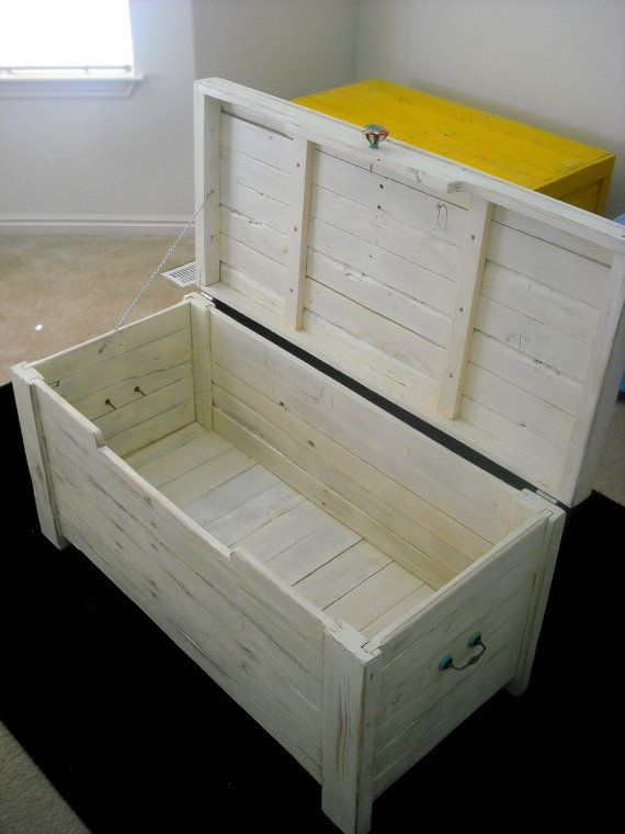 wood toy chest white woodworking projects plans. Black Bedroom Furniture Sets. Home Design Ideas