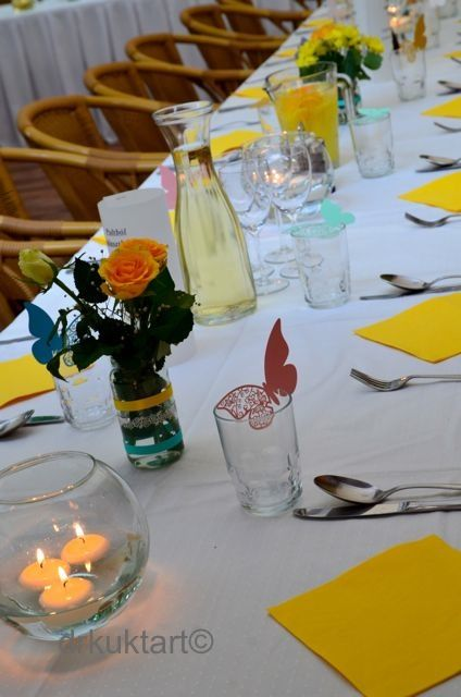 Table decoration.  http://drkuktart.blog.hu/2014/07/10/egy_kis_hazai_lagzi_cozy_wedding_at_normafa_in_budapest