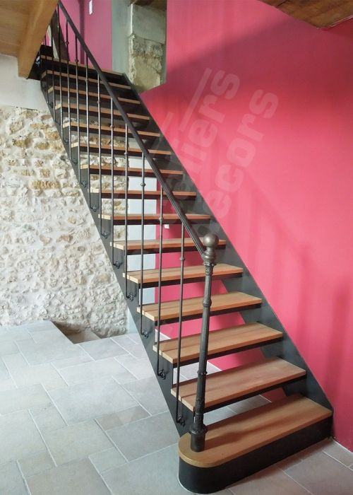 1000 id es sur le th me escaliers en colima on sur pinterest escaliers esc - Escalier interieur droit ...