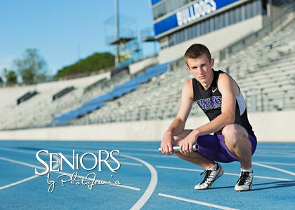 Fast Track: Track senior picture ideas for guys and girls #seniorpictureideas #seniorsbyphotojeania