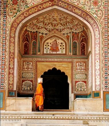 Lights, Camels, Action! | Travel | MiNDFOOD