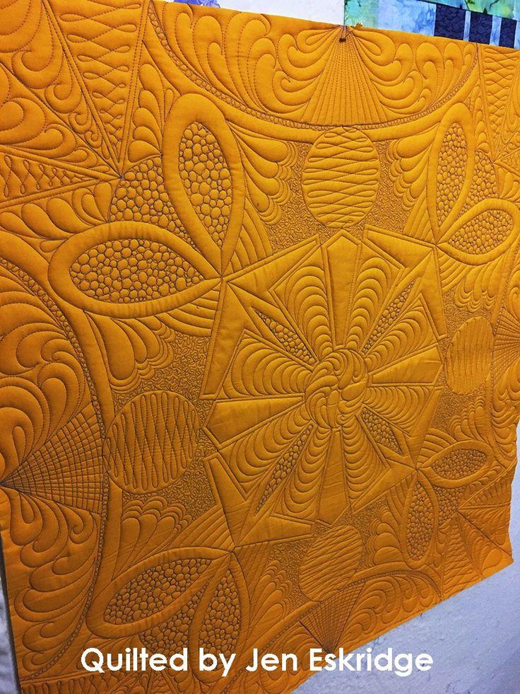 Buggin Out Wholecloth Quilt Design | Free-Motion Framework | Jen Eskridge | ReannaLily Designs | ReannaLily Quilts