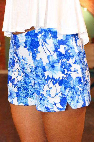 Adorable printed shorts I love this boutique