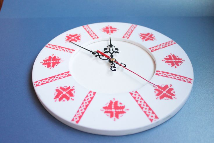 Фоторамка/часы, деревянная основа, полимерная глина, техника вышивка крестом, cane