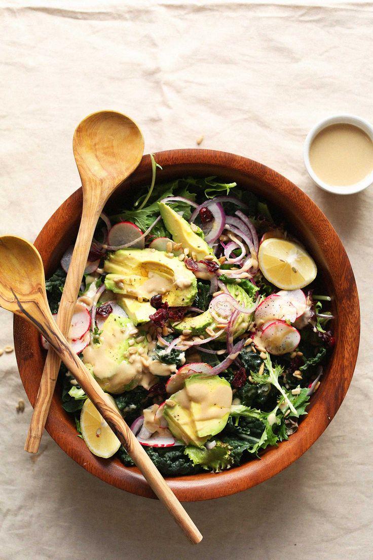 Detox salad with no-mix dressing