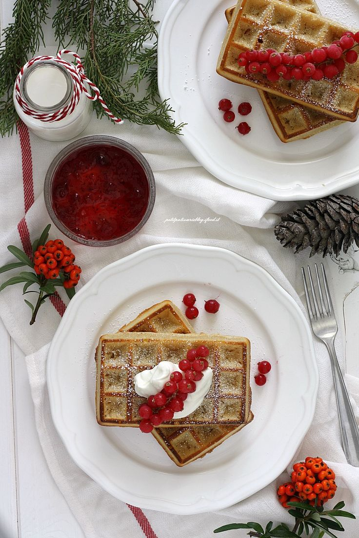 Waffles integrali allo yogurt greco.