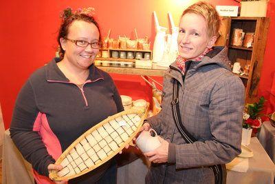 snapd Aurora - Pine Tree Potters' Guild Winter Pottery Sale & Empty Bowls