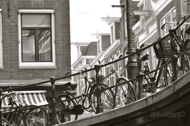 Amsterdam. - More: http://drkuktart.blog.hu/2014/05/14/amszterdami_kerekpar_kanaan_bike_paradise_in_amsterdam
