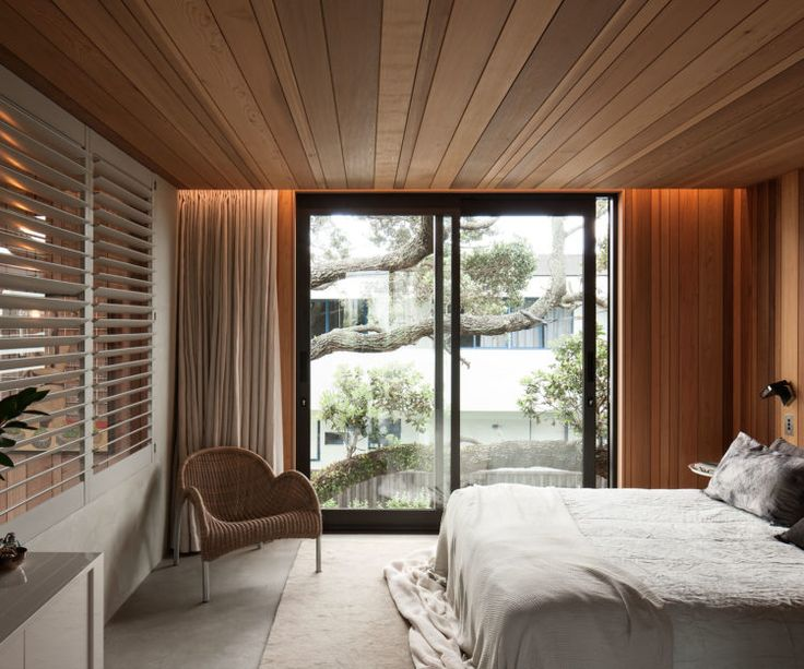 This Mount Maunganui home shares the spirit of a quintessential Kiwi bach