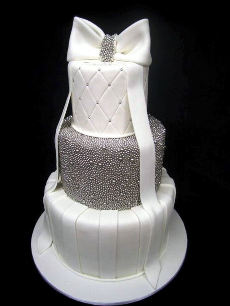 White and Silver - #Cake