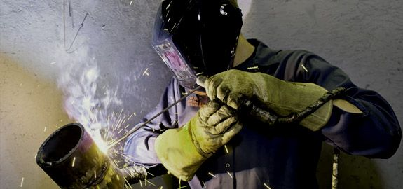 Welding School Houston: Read our new post 'Welding Colleges' and learn more about our school - http://arclabshouston.com/welding-programs/welding-colleges/  #welding #school #colleges #programs #welder #training #houston