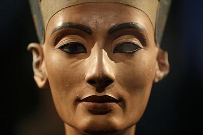 Büste der Nofretete, um 1338 v. Chr.