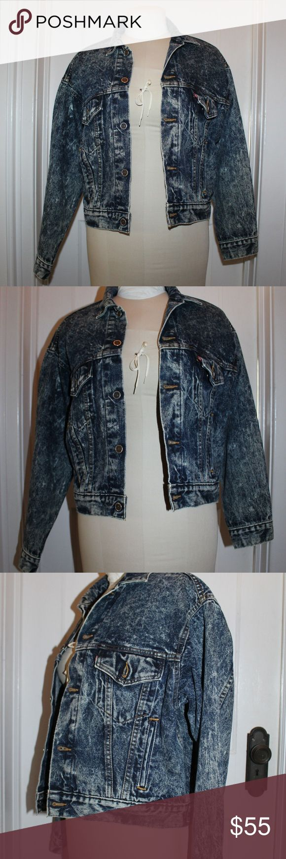 Vintage LEVI'S Acid Wash Mint Medium Denim Jacket This stylish jacket never goes out of style! Made of acid wash denim by the sought after brand Levi's. Perfect for fashionistas!  MAKER: LEVI'S  MARKINGS: LEVI'S MATERIAL: Denim COLOR: Acid Wash DIMENSION: Ladies Medium ERA: 1950s Levi's Jackets & Coats Jean Jackets