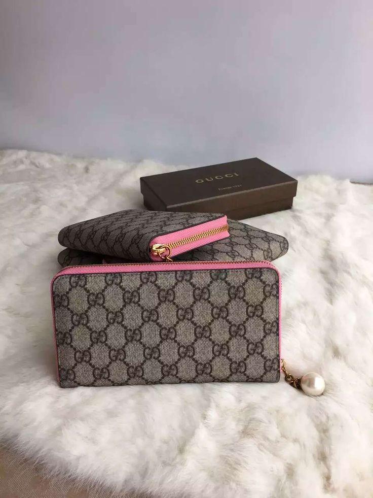 Gucci Handbags Online