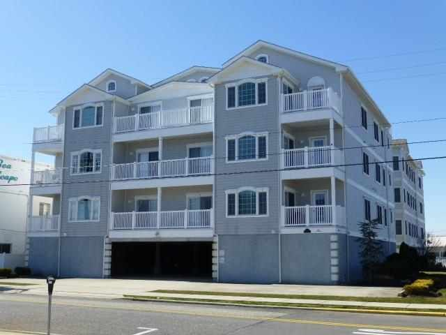Congratulations! You just found the Perfect Shore Home. This beautifully maintained End Unit features A Private deck with Nice Ocean Views, Large Master Suite complete with walk-in closet, tiled bath, full size shower. The spacious living area features wall to wall windows and luxurious Gas Fire-Place. The Over-Sized Kitchen has been upgraded with Ceramic Tile Flooring and Under-Cabinet Lighting.