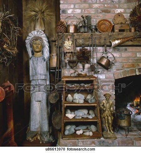 kaminofen, bereiche, mit, artefakte, und, alt, kupfer, töpfe Großes Bild anschauen