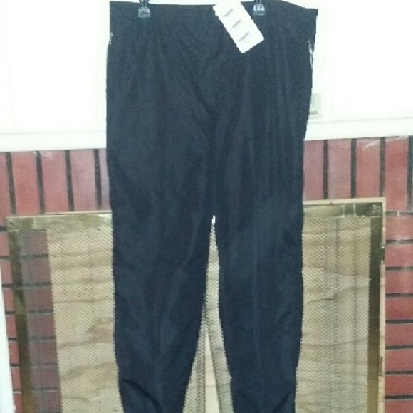 Men's snow pants Men's snow pants super microft fabric that protects you from cold weather, wind, and water Bogner  Pants