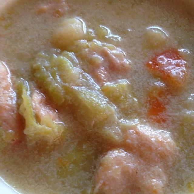 さつまいもの片栗粉で 鶏胸肉をコーティングしました - 20件のもぐもぐ - 鶏胸肉とジャガイモと人参とキャベツの豆乳スープ by Yukie  Mouri たぬとん