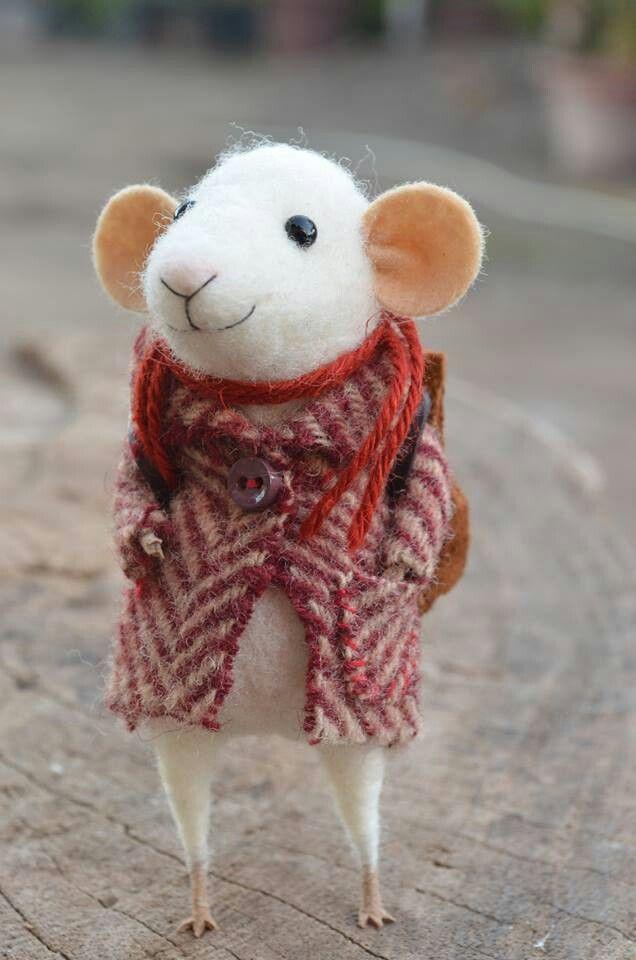 Exquisite little mouse.