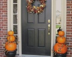 Front and Center Color: When to Paint Your Door Black