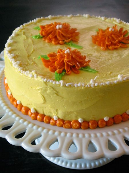 Ina Garten's Lemon Cake...hear about it all the time. Need to try it.