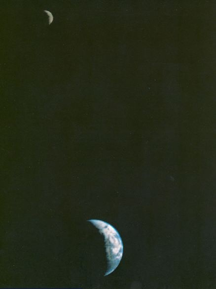 The first ever picture taken from a Spacecraft showing the Earth & Moon in a single frame. Beautiful!Single Frames