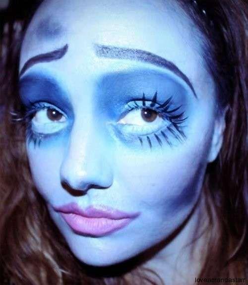 Costume Halloween fai da te da sposa cadavere - Trucco occhi