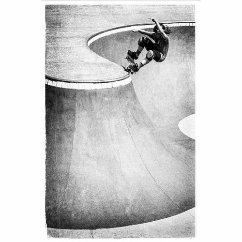 Kicking this morning off with @sonia_worldwide  @ianpoletto X nosegrind. Captured with our original flagship the good old X-Pro1  . Want to be featured? Tag your photos with #FujifilmNordic  camera  info. #Fujifilm #Xpro1 #xf35mm #skateboarder #skateboarding #blackandwhite via Fujifilm on Instagram - #photographer #photography #photo #instapic #instagram #photofreak #photolover #nikon #canon #leica #hasselblad #polaroid #shutterbug #camera #dslr #visualarts #inspiration #artistic #creative…