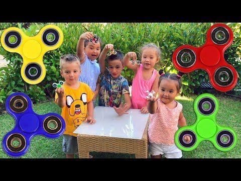 Fidget Spinner Challenge! Спиннер Челлендж! АМИНКА ВИТАМИНКА против BOYS&TOYS Fidget spinner battle - YouTube
