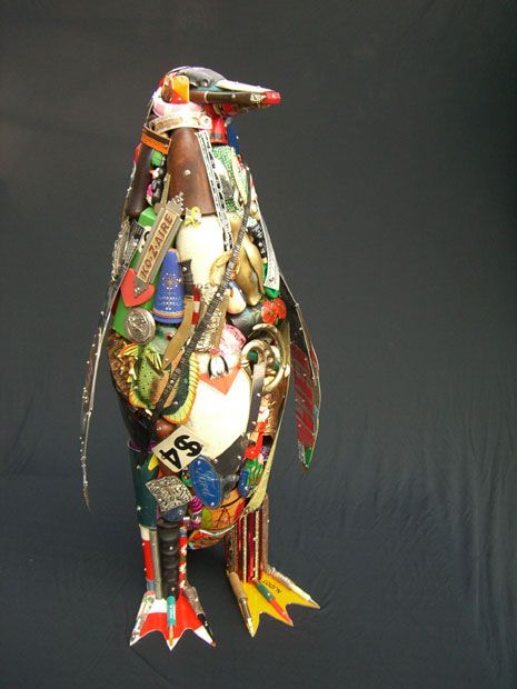 Leo Sewell's amazing Penguin sculpture made entirely of scrap