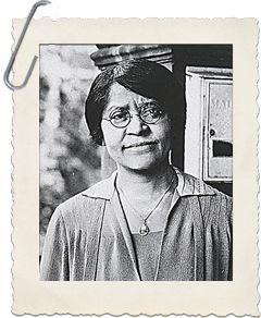 Annie Turnbo Malone (1869 - 1957), química y empresaria. Annie Turnbo Malone se convirtió en una de las primeras mujeres negras millonarias desarrollando con éxito y productos para el cabello para las mujeres negras en su ciudad natal de San Luis. Ella utilizó su riqueza para promover el avance de los afroamericanos y donó la mayor parte de su dinero a la caridad ..