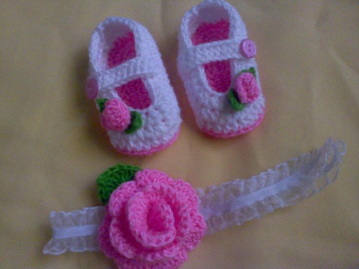 Juego de Zapatillas + cintillo (Rosita rosa)