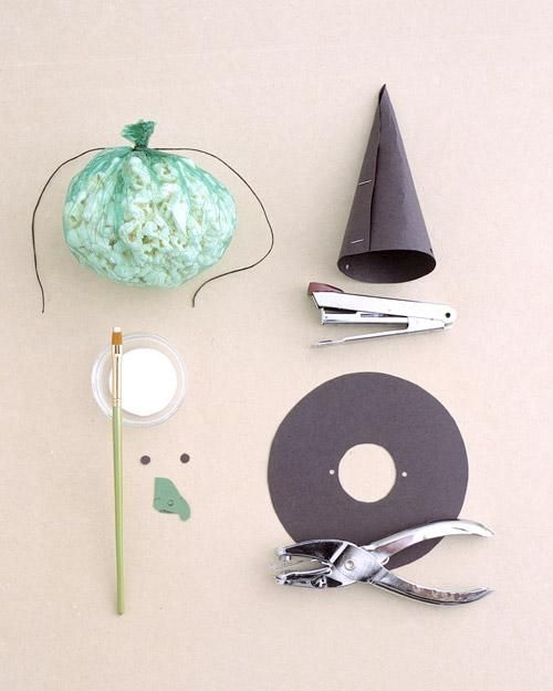 Goody Witches How-To: Popcorn Fil Witches, Halloween Idea, Popcorn Witches, Holidays Crafts, Diy'S Crafts, Witches Hats, Witches Goodies, Diy'S Witches, Goodies Witches