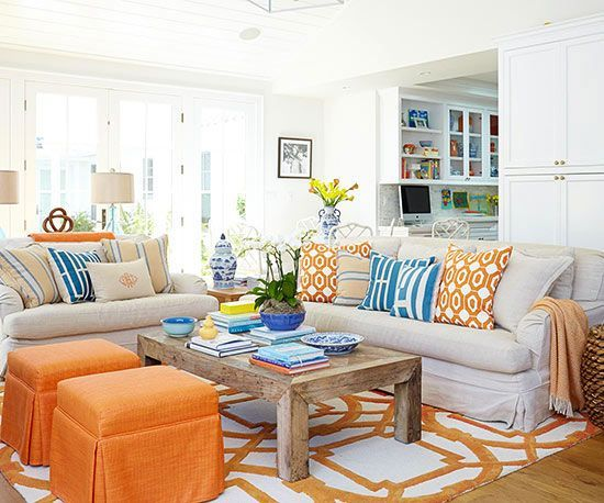 Absolutely loved  the bold play of colours and patterns - tangerine and cornflower blue over a  neutral background....superb !!!