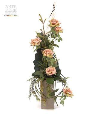 Composizione floreale fiori artificiali in tessuto: Rose