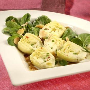 Salade cœurs d'artichauts et amandes grillées