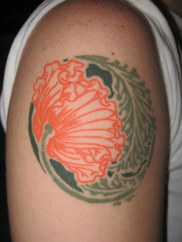 OH WOW, this one is so awesome!!!!!!  poppy by alphonse mucha. tattoo by jason minauro