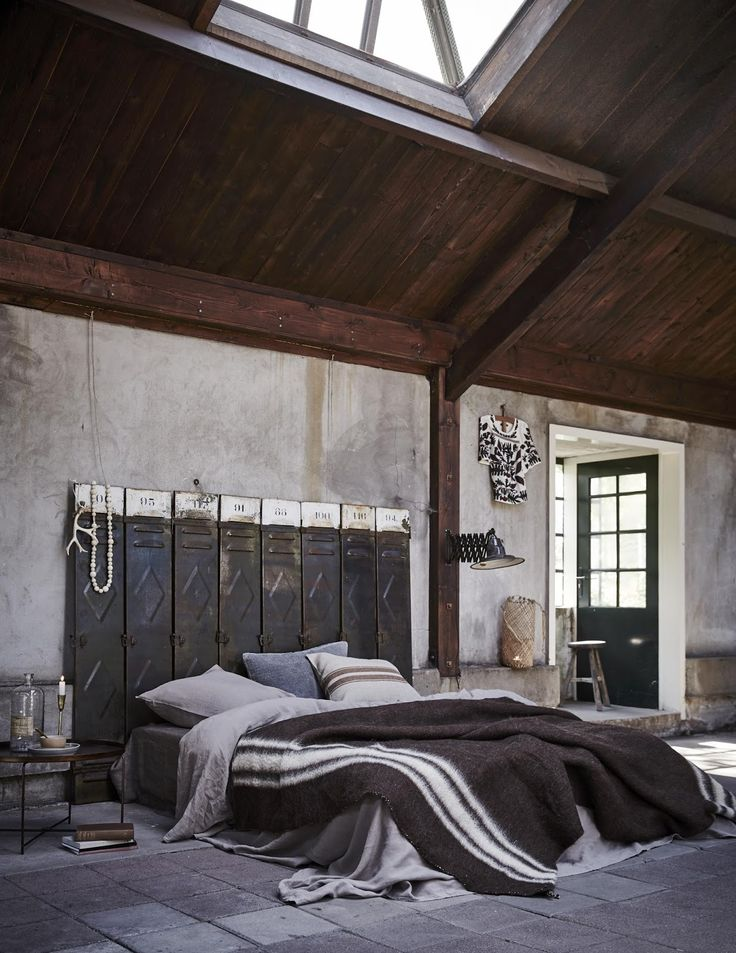 820 best Industrial   loft Style images on Pinterest Chambre ambiance industrielle  t te de lit m tal  vestiaire indus    Industrial  style bedroom. Industrial Style Bedroom. Home Design Ideas