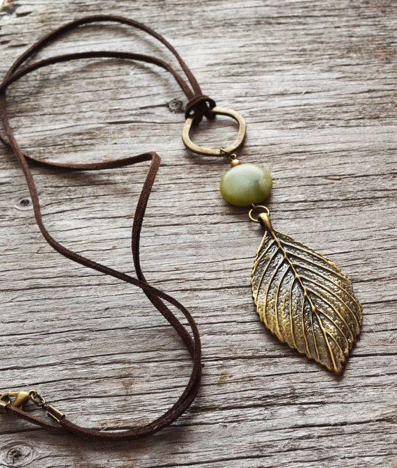 Blue Aragonite Necklace, Aragonite Jewelry, Healing Stones, Tumbled Stones, Ombre Stone, New Age, Chakara Stones, Polished Gemstones