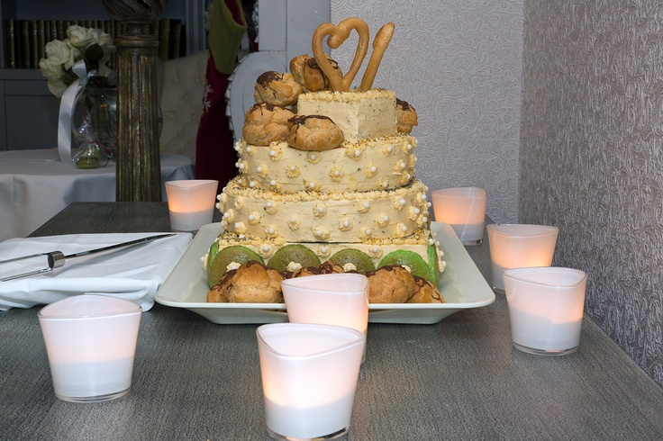 Michael & Marta 's Wedding cake .. Dec 2011