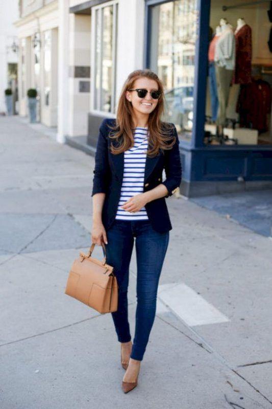 0466c4421 Женский пиджак: 30 фото, с чем носить в 2019 и как правильно выбрать |  Outfits | Блоггерский стиль, Полосатая футболка, Офисная мода