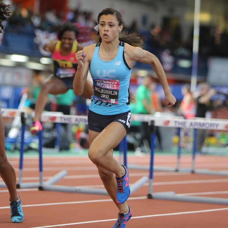 """Sydney McLaughlin just dropped a cool 53.87, @dyestat US #1 400m at @armorynyc tonight! Not a bad start for the nation's top hurdler!  Check out the race…"""